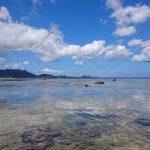 雲を見事にリフレクトしている米原ビーチの海面5