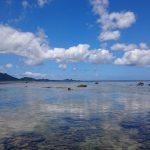 雲を見事にリフレクトしている米原ビーチの海面6