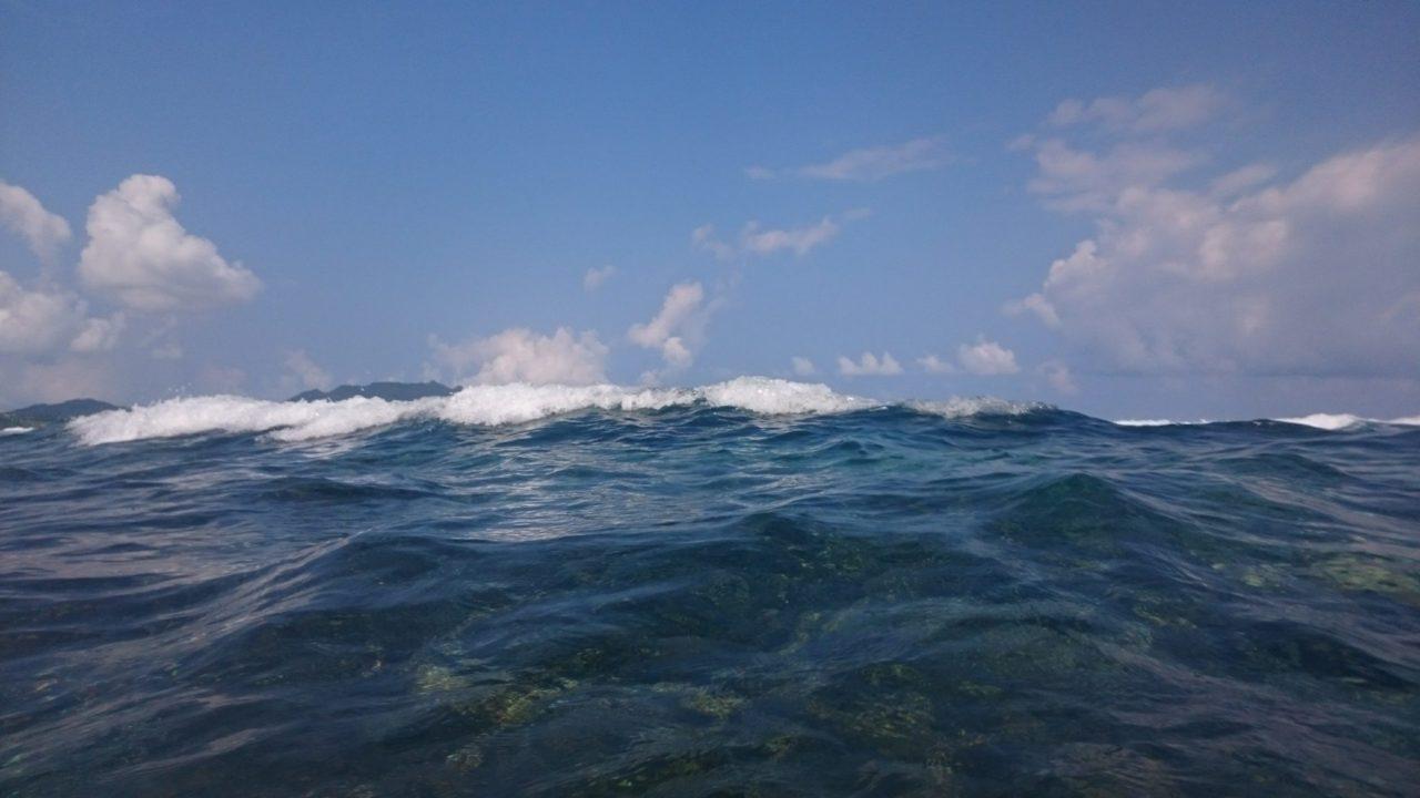石垣島米原ビーチのリーフエッジ